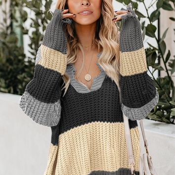 Fashion Gray Colorblock Distressed Sweater