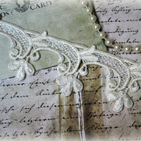 Ivory Venice Lace Trim for Appliques, Altered Art, Costumes, Lace Jewelry, Headbands, Sashes, Sewing, Crafts GL-114