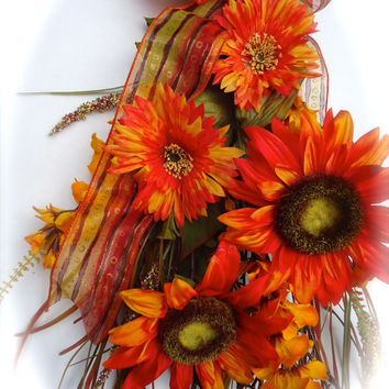 Floral Vertical Door Swag , Door Swag, Orange Sunflowers, Home Decor,Summer, Sunflower, Natural Twig