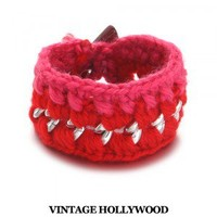 VINTAGE HOLLYWOOD [[Signature Line]Olsen Knitted Wool and Chain Bracelet]