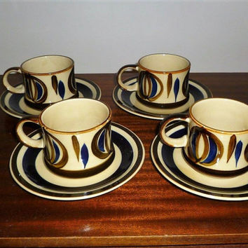Vintage 1960s Retro Hand Painted Set of Four (4) Tea Cups and Saucers / Set of Mugs / Made in Japan