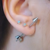 One 16 Gauge Arrow Earring Ear Jewelry Piercing 3D Fake Arrowhead Head Cartilage 1 Inch Bar Barbell
