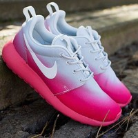 NIKE Roshe Run Print Gradient sports shoes pink-white H-MDTY-SHINING