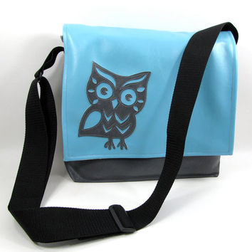 Owl Vinyl Ipad Bag