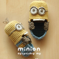 Minion Despicable Me Baby Booties Crochet PATTERN, Instant PDF Download.
