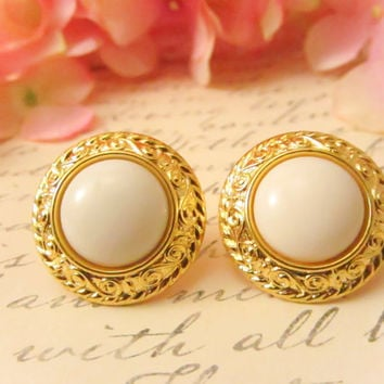 Vintage Gold and White Earrings by Reneeloveandco