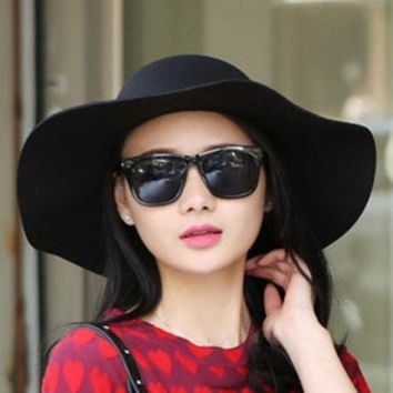 CUPUP9G Chic Lace-Up Embellished Wavy Edge Round Top Felt Floppy Hat For Women - Black