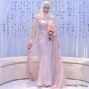 Gorgeous Wedding Dress Muslim With Hijab Veil Long Sleeve Appliques Bridal Gown Court Train