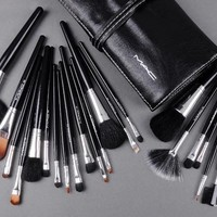Beauty Ticks Mac Makeup Sets Brand Brushes Set 24 Pcs Black Professional Cosmetics Brush Kits Make Up Tools