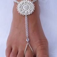 Add a twinkle to your toes Barefoot by PassionflowerJewelry