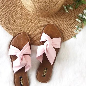 Twist Of Fate Slide Sandals in Pink