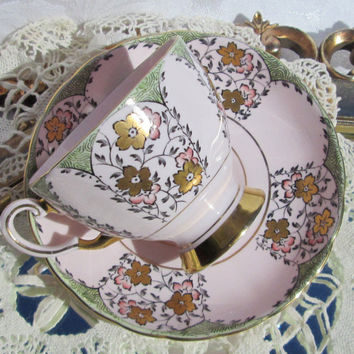 Vintage Tuscan Pink Floral Tea Cup and Saucer Gold Flowers & Trim, Fine Bone China Made in England