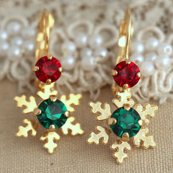 Christmas Snow Flake, Red Green Crystal earrings, Ruby Emerald Swarovski earrings, Christmas Gift for her, Red Green Christmas Jewelry