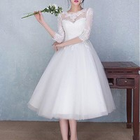 [109.99] Glamorous Tulle Jewel Neckline Tea-length Ball Gown Wedding Dresses With Lace Appliques - dressilyme.com