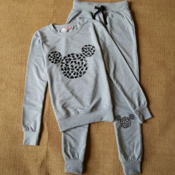 Mickey pattern of leisure suit collar sweater pants suit Grey