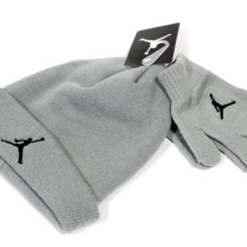 Jordan Kid's Beanie/Gloves Set Grey Jumpman size 8/20
