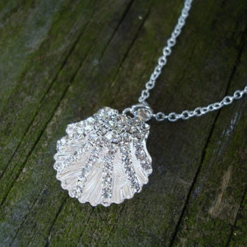 Shell necklace, pave necklace, seashell necklace, clam shell necklace, gift for her, birthday gift, wedding, womans necklace, rhinestone