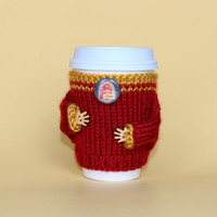 Harry Potter inspired coffee cozy. Travel mug cozy. Gryffindor button. Office decor. Starbucks cup holder Hand knit Harry Potter cup sweater