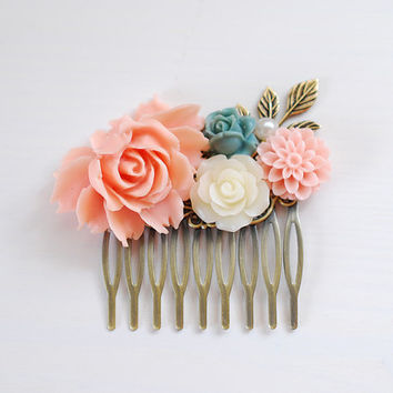 Peach Pink Rose Ivory Dusky Blue Flower Collage Hair Comb. Wedding Bridesmaid Hair Comb, Cottage Garden Country Wedding Hair Comb