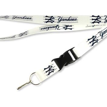 New York Yankees Lanyard Breakaway Key chain Officially licensed.