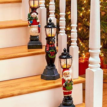 Lighted Holiday Lampposts