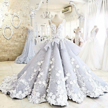 Lace Wedding Dress Luxury Ball Gown Flowers Sexy Sheer Backless High Quality Wedding Gown