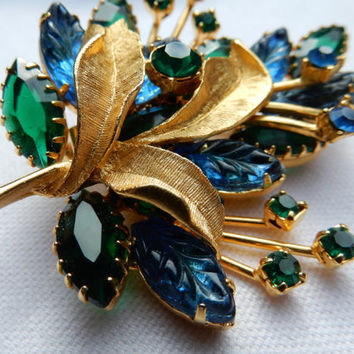 Rhinestone Brooch, 1960s Brooch,Gold Brooch, Blue Green Rhinestone, Mid Century, Unsigned Beauty, Figural Brooch