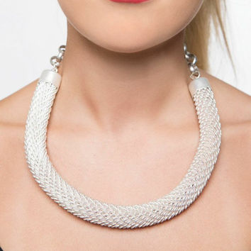 Princess of Pearlescent Looped Necklace