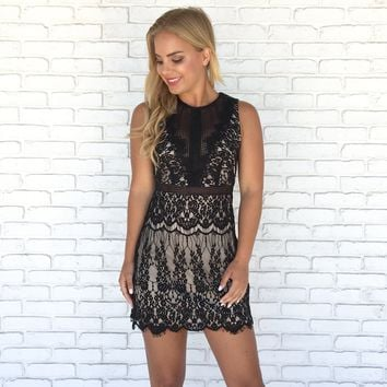 Late Night Lace Dress in Black