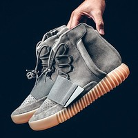 Adidas yeezy Kanye West 750 Boost Glow in the Dark,Boost 750 Light Grey Gum Shoes Sneakers glows in dark With Box