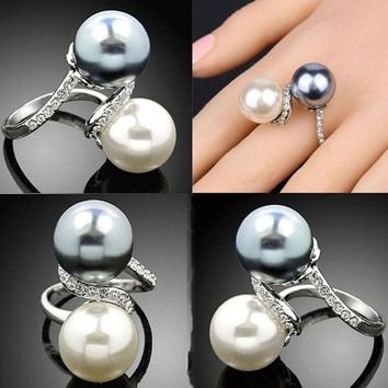 Double Color Simulated Pearl Rings For Women Shinning Rhinestones Wide Alloy Band Statement Ring Fashion Jewelry