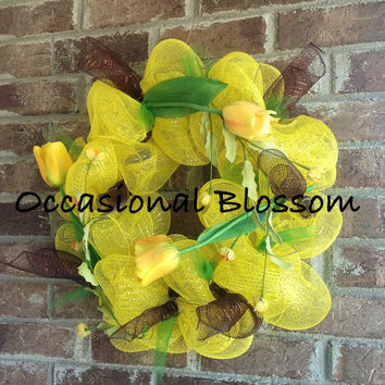 Spring, Summer Yellow Tulip Deco Mesh Wreath