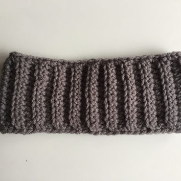 Crochet Ear Warmer, Gray Crochet Headband, Ribbed Ear Warmer, Winter Earwarmer