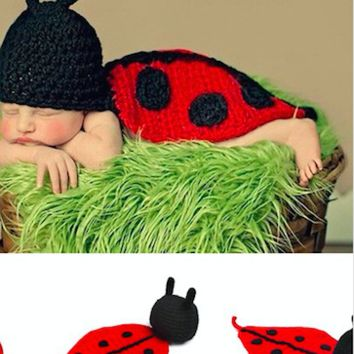 Ladybug Knit Hat Red Outfit Baby Prop - CCA60