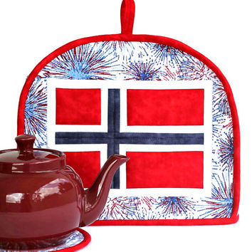 Quilted Patriotic Tea Cozy, Norwegian Flag, Norway May 17th, Red White Blue, National Day, Insulated Teapot Cover, Trivet, Handmade