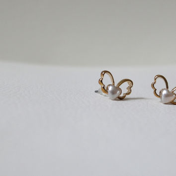 New Anthropologie White Mini Bow Ribbon Wing Baby Heart Beads Gold Plated Stud Earrings