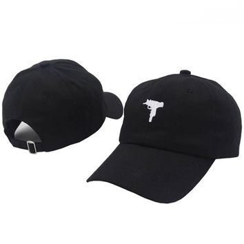 Trendy Winter Jacket TUNICA 2017 New Rare Vintage UZI Snapback Dad Hat Cap Printed Pink Baseball Cap Women Men Brand Hip Hop Bones Male Female AT_92_12