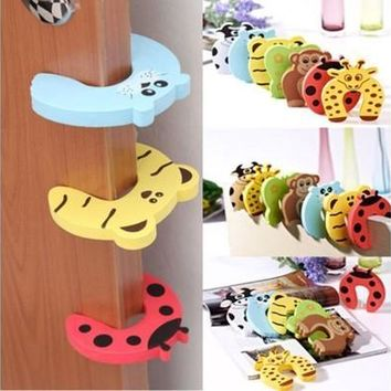 5pcs Infant Baby Cartoon Safe Animal Colorful Door Stop Finger Pinch Guard Protecter DYY313 (Color: Multicolor) [8322969025]