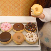 Miniature Dollhouse Assorted Donuts for Blythe, Barbie, Pullip, BJD 1:6 scale