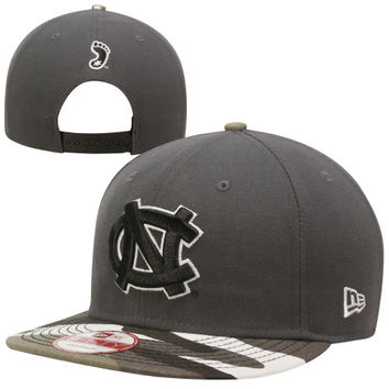 New Era North Carolina Tar Heels :UNC: 9FIFTY Urban Camo Snapback Hat - Graphite