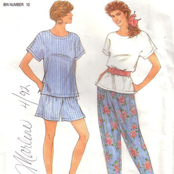 Vintage Simplicity 7810, Top, Pants, Shorts,  Size 6 to 18