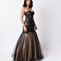 Black & Nude Strapless Sweetheart Lace Mermaid Long Gown 2016 Prom Dresses