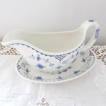 Vintage Masons Ironstone sauce boat and stand, Denmark blue. Masons gravy boat, Blue and white, Masons Ironstone, Blue gravy boat