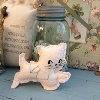 Vintage soft kitten crib toy, kitten baby toys, tiny crib safe toys