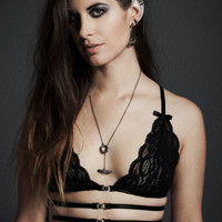 "Harness ""Yen"" Bra - Elastic Banding, Metal Buckles and Black Lace"