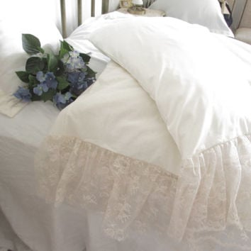 Shabby chic pillowcases Ivory or White/ lace ruffle
