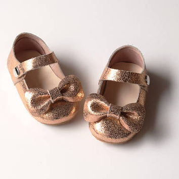 Rose Gold Baby Girl Shoes With Bow, Leather Baby Moccasins, Toddler Mary Jane Shoes, Flower Girl Shoes, Leather Baby Shoes, Birthday Outfit