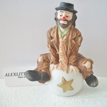Vintage Emmett Kelly Jr Flambro Hobo Clown Figurine Sitting On Ball
