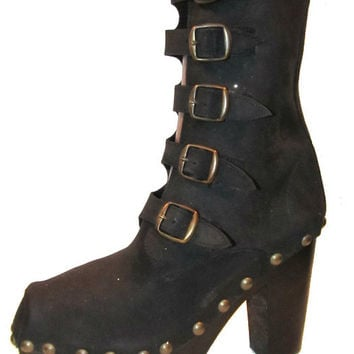 Vintage Luichiny Steampunk Boots From Spain Womens Black Leather Nubuck Platforms with Brass Studs and Buckles Wms size 8