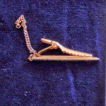 Vintage Anson Textured Gold Tone Tie Bar with Chain
